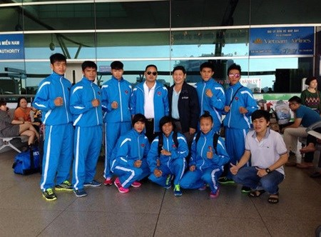 Muay fighters want to win two gold medals hinh anh 1