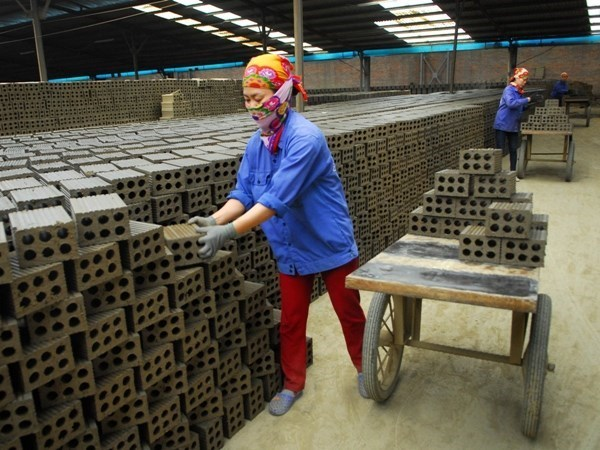 Small- and medium-sized enterprises need more attention hinh anh 1