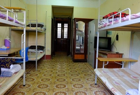 University hostels open doors to homeless during Tet hinh anh 1