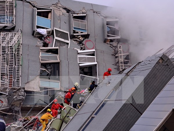 Vietnamese agency works to rescue nationals in Taiwan's quake hinh anh 1