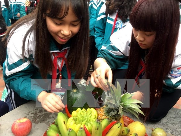 The five-fruit tray at traditional Tet hinh anh 1