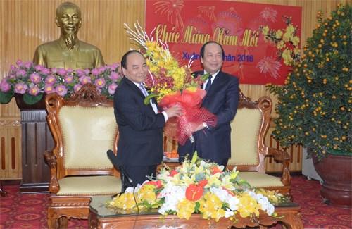 Deputy PM visits Ha Nam province at lunar year's beginning hinh anh 1