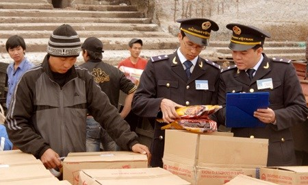 Vietnam strives to reform customs ahead of FTAs hinh anh 1