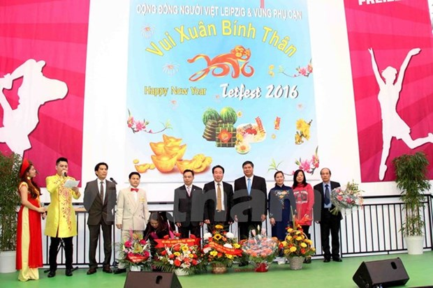 Vietnamese music show in German trade fair hinh anh 1