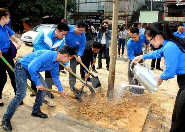 Youth take action for the community during Youth Month hinh anh 1