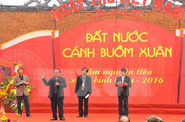 Vietnam Poetry Day 2016 spotlighted in Hanoi hinh anh 1