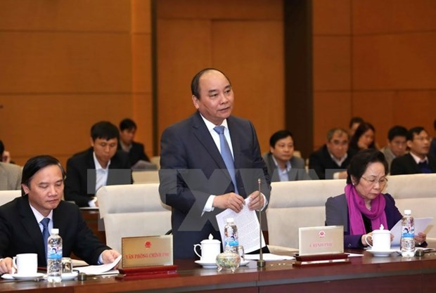 Government, PM's working report hailed by NA Standing Committee hinh anh 1