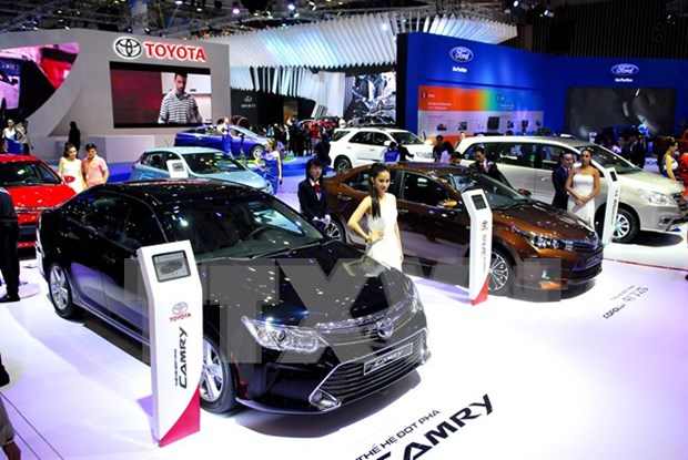 Vietnam's auto sales likely to reach 260,000 units in 2016 hinh anh 1