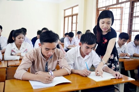 Performance of Lao students in Vietnam reviewed hinh anh 1