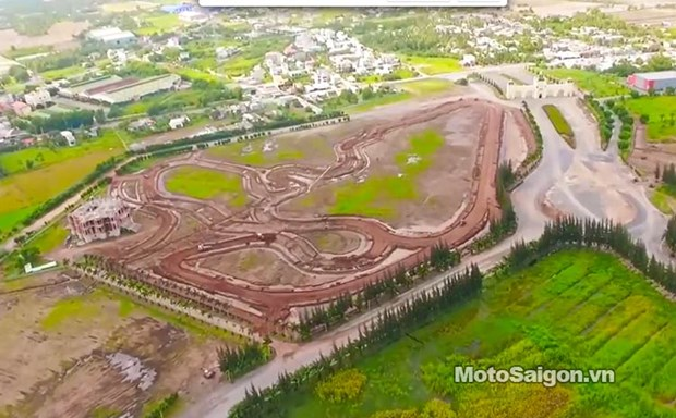 First int'l motorsport facility introduced in Vietnam hinh anh 1