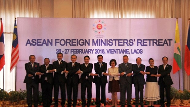 ASEAN Foreign Ministers' Retreat 2016 opens in Vientiane hinh anh 1