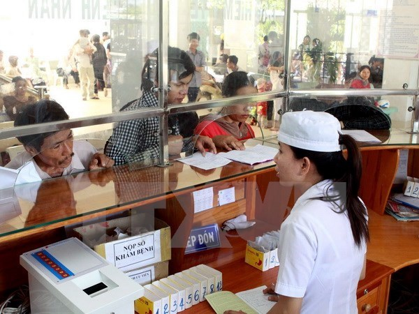 Ministry of Health pledges to improve services for patients hinh anh 1