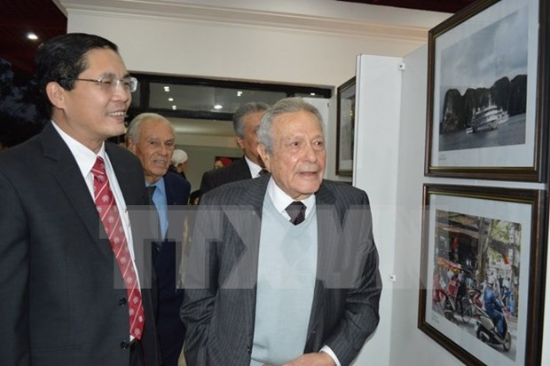 Egypt: Photos exhibit Vietnam's reform achievements hinh anh 1