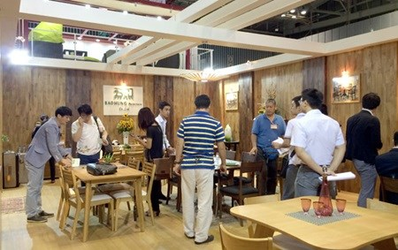 Int'l furniture fair to be held in HCM City hinh anh 1