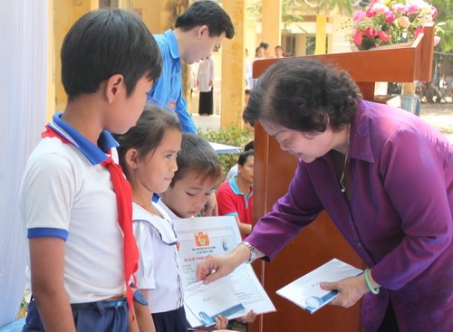 Help extended to disadvantaged children hinh anh 1