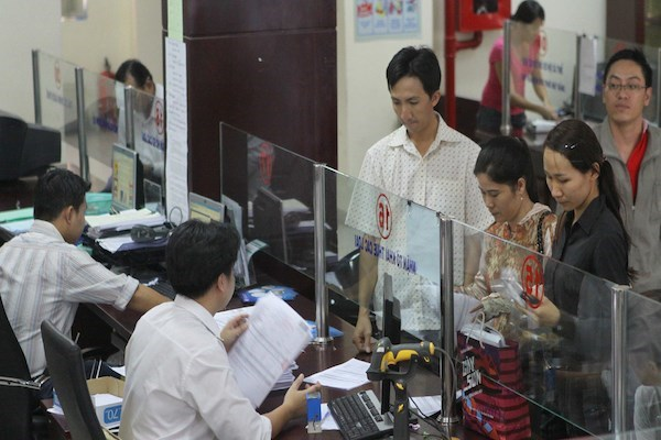 State budget revenue tops 7.27 bln USD in two months hinh anh 1