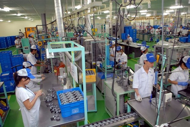 Hanoi's Party chief requests improving workers' well-being hinh anh 1
