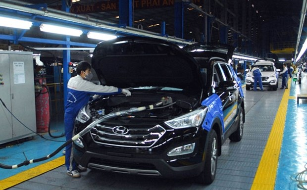 Car imports drop in February hinh anh 1