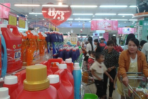 Shops ready for Women's Day hinh anh 1