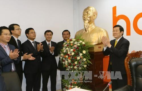 State leader hails business achievements of Viettel Tanzania company hinh anh 1