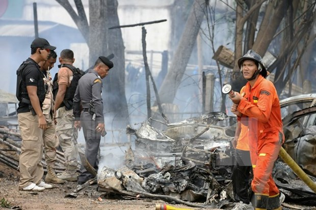 Two killed, five injured in southern Thailand bombing hinh anh 1