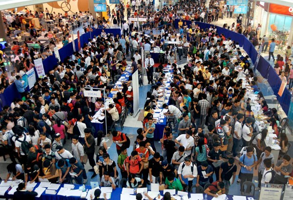 Philippines: unemployment rate falls to lowest in 10 years hinh anh 1