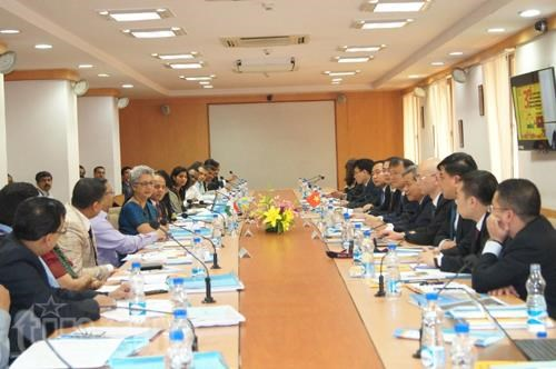 Vietnam, India make significant progress in textiles, garments hinh anh 1