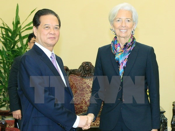 PM assures IMF chief about Vietnam's continued reform hinh anh 1