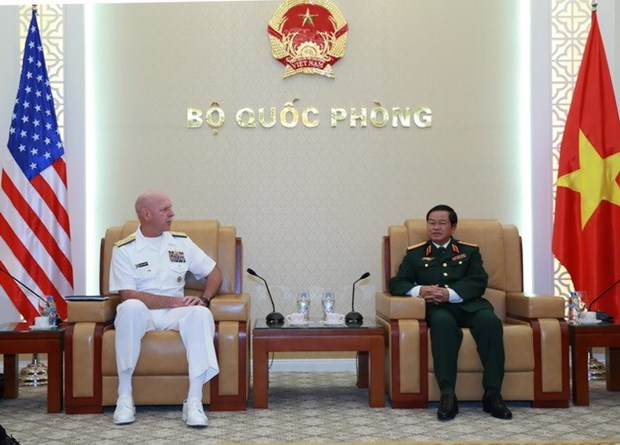 Vietnamese General receives US Commander hinh anh 1