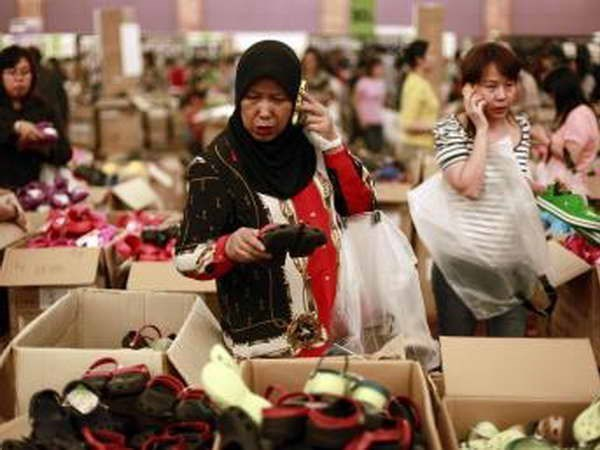 S&P raises Indonesia's growth forecast this year hinh anh 1