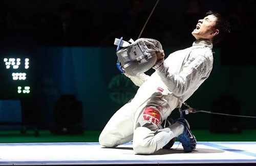 Vietnamese fencers vie for Olympic berths in RoK hinh anh 1