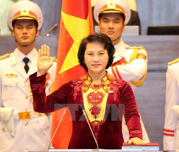 Nguyen Thi Kim Ngan elected as NA Chairwoman hinh anh 1