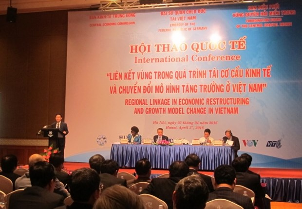 Regional connectivity needed in economic restructuring hinh anh 1