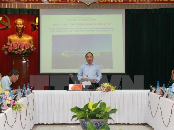 Deputy PM requires quicker collapsed Ghenh bridge rebuilding hinh anh 1