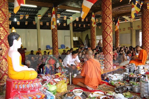 New Year wishes offered to Khmer people hinh anh 1