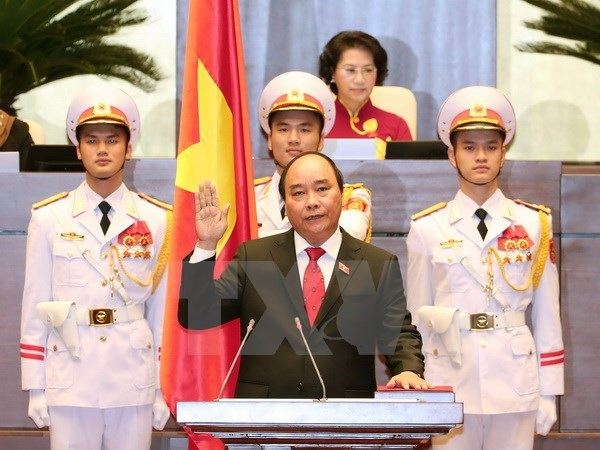 Lao, Chinese leaders congratulate new PM Nguyen Xuan Phuc hinh anh 1