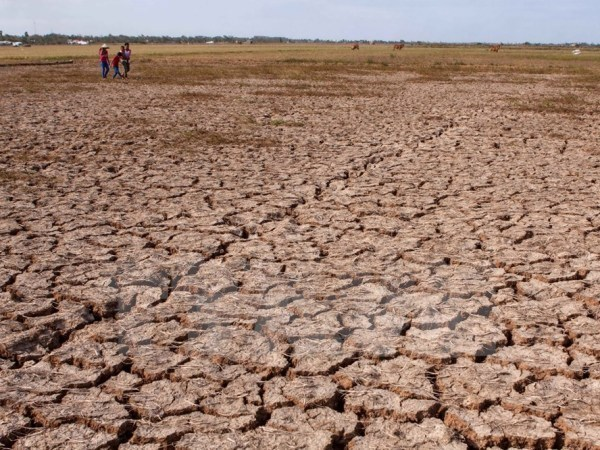 Cambodia proposes China continue discharging water hinh anh 1