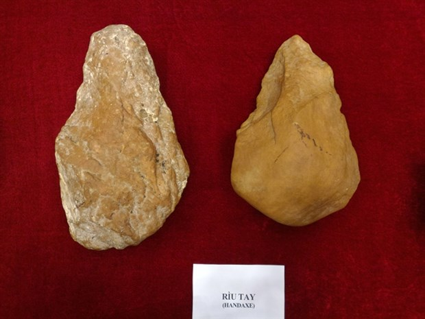 Signs of Paleolithic age found in Vietnam hinh anh 1