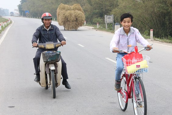New bikes facilitate young commuters in Thai Nguyen hinh anh 1