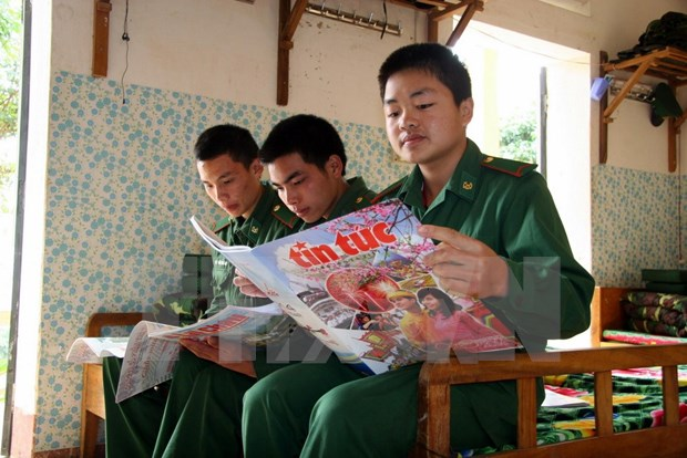 Free publications for ethnic minorities hinh anh 1