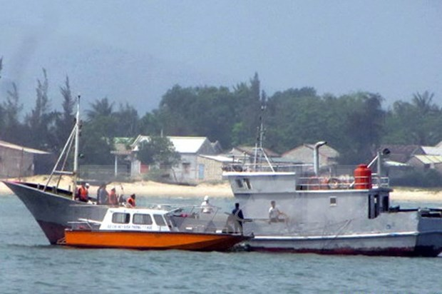 Vietnam, China hold talks on maritime cooperation hinh anh 1
