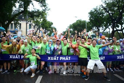 Vietnam News Agency organises run for Mother Earth Day hinh anh 1