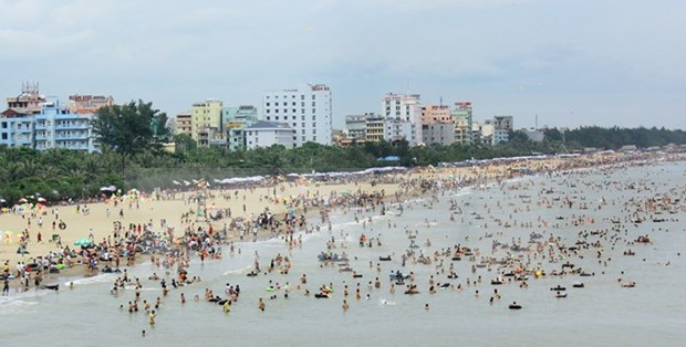 Thanh Hoa vibrant with marine tourism festival hinh anh 1
