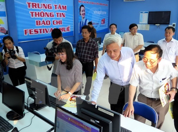 Free wifi to be available at Hue festival's main venues hinh anh 1