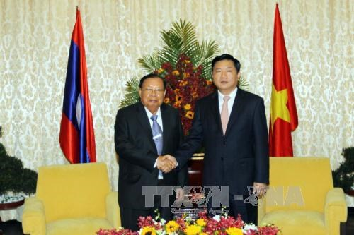 HCM City keen to consolidate friendship with Laos hinh anh 1