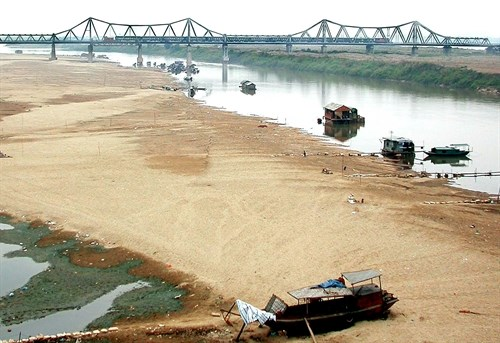 Government to consider plan for Red River dams hinh anh 1