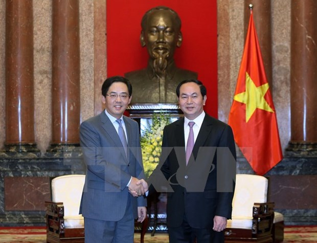 President hosts warm reception for Chinese ambassador hinh anh 1