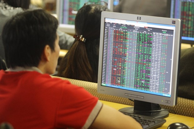 VN Index rallies for third day hinh anh 1