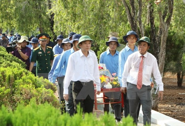 Dak Lak: reburial for remains of fallen soldiers found in Cambodia hinh anh 1