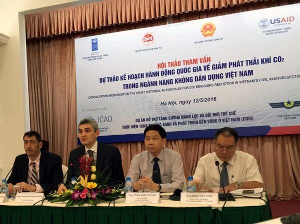 New measures needed to green fast-growing aviation hinh anh 1